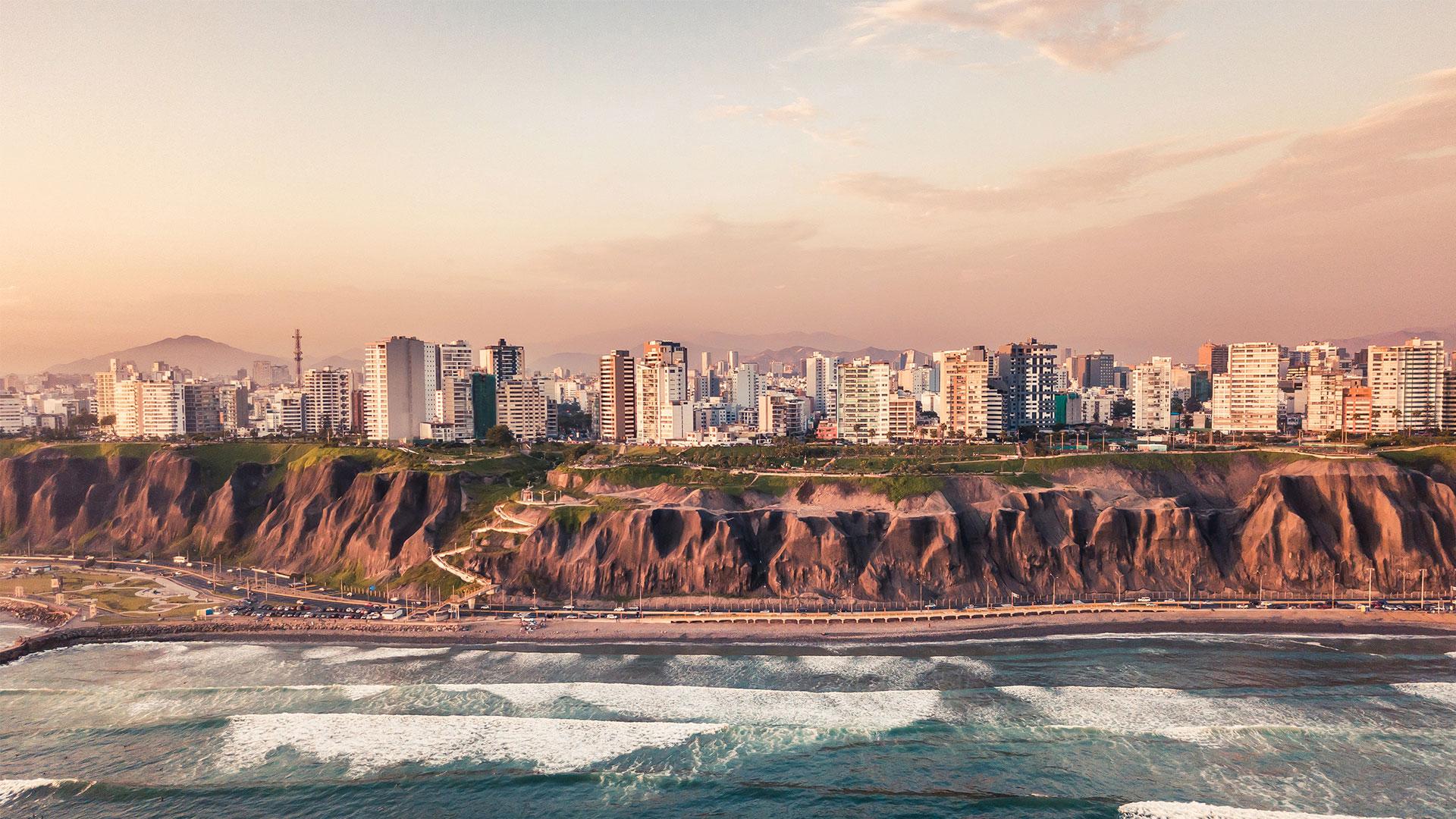 Escenario Económico de Peru y Perspectivas de Desarrollo Inmobiliario